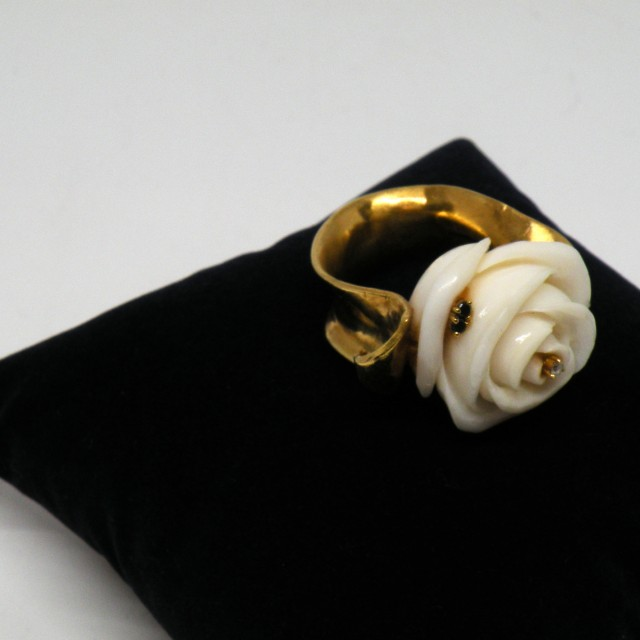 rose_ring_angle1